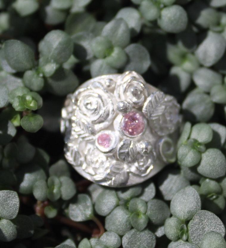 Ring Rosengarten mit Zirkonias pink